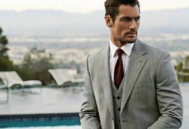 Sivo muško odelo – predlozi kombinacija